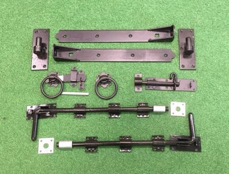 Black hinge and latch
